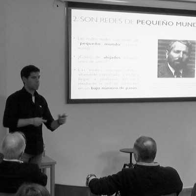 Ponencia: Del cerebro a las Redes Sociales, Javier Buldú